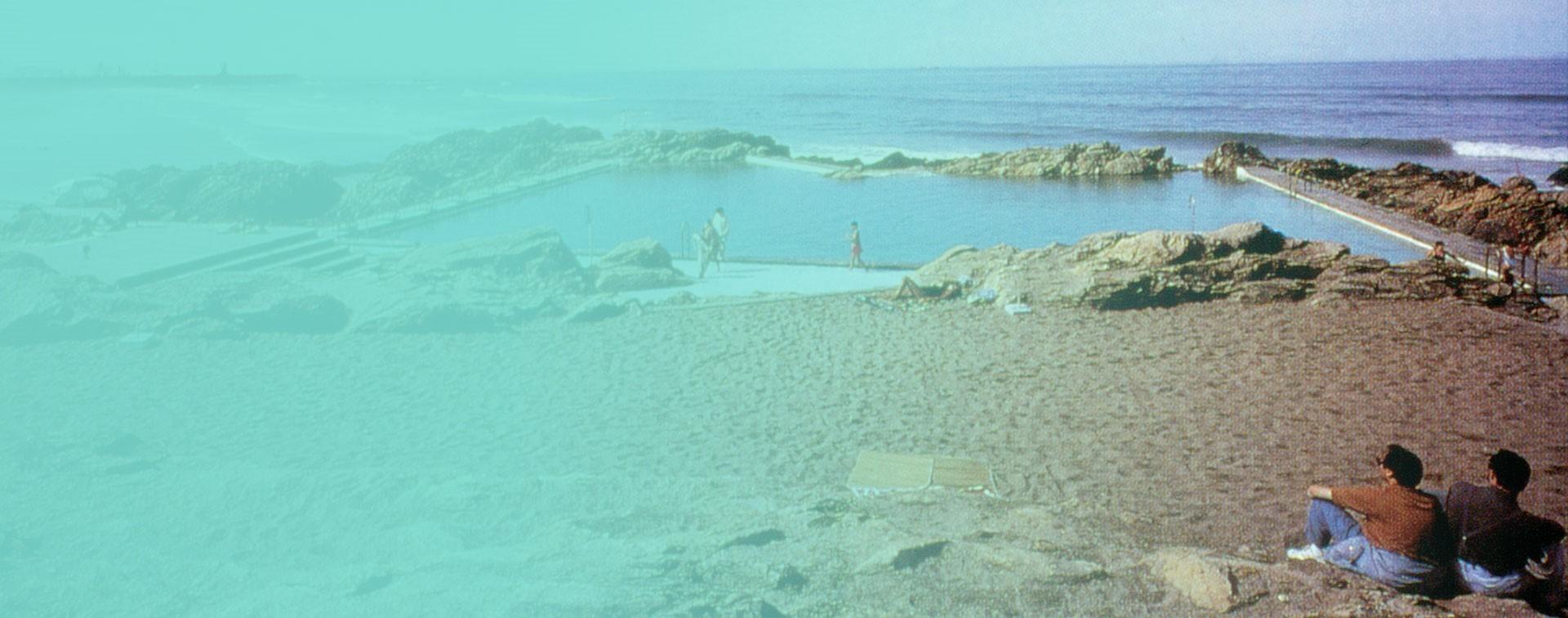 PISCINA NA PRAIA DE LEÇA - A POOL ON THE BEACH